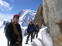 La corde (Gilles, moi & Jrme) (NO) Tags: france alps alpes mountaineering chamonix montblanc alpinisme artedescosmiques corde ropedparty cosmicedge