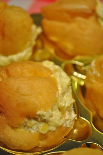 d'pastry durian puffs