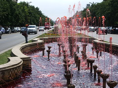 Bucharest - Bulevardul Unirii - more pinkness