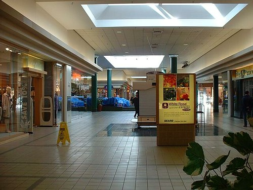 Fairview Park Mall, Canada