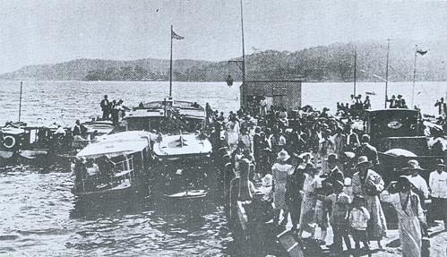 Caroline Bay Gosford market day 1924