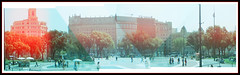Plaça Catalunya _ Holgarama (almogaver) Tags: barcelona panorama color verde green 120 film analog 35mm holga xpro crossprocess horizon slide slidefilm plastic panoramica pan modding 緑 120mm verd analogic holga120cfn holgarama plaçacatalunya cfn e6c41 almogaver procéscreuat davidroca