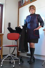 Wunschbild (Martina & Lisi) Tags: tv shiny cd tgirl apron cape satin nylon nylons stiefel umhang kittel glnzend glanz satinbluse schrze nylonkittel friseuse friseurin barberette frbeschrze