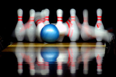 cosmic, baby! (Watari Goro ) Tags: motion blur topf25 ball army hawaii alley nikon schofield oahu military pins bowling strike wheeler gutter spare d200 barracks cosmic base lanes wahiawa supershot flickrsbest