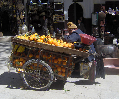 Orange vendor, Fes