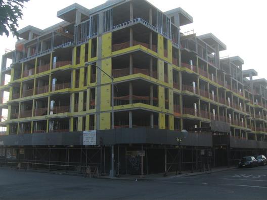 Roebling Oil Building 0823