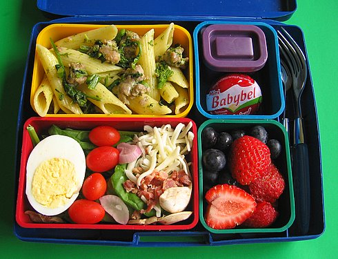 Broccoli rabe & sausage penne box lunches