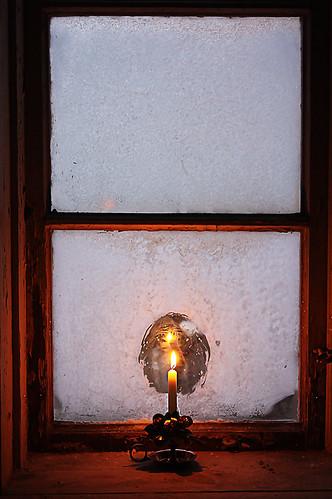 Ett ensamt ljus i Kokhuset