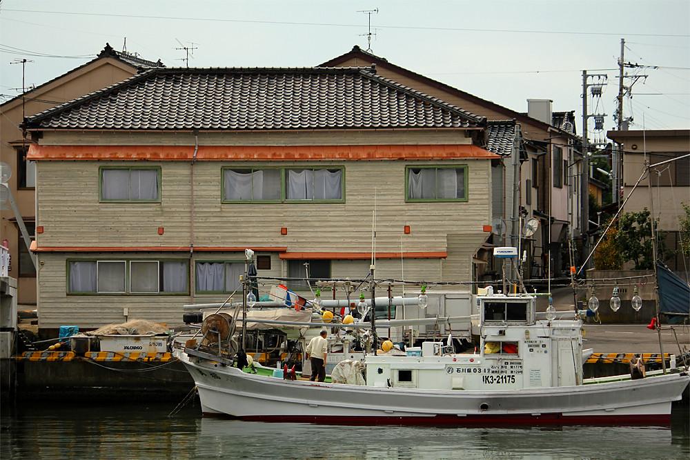 漁船@醤油の里 金沢・大野