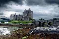 Eilean Donan Castle - by rafafer