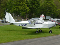 G-KEJY (QSY on-route) Tags: kemble egbp gvfwe greatvintageflyingweekend gkejy 09052010