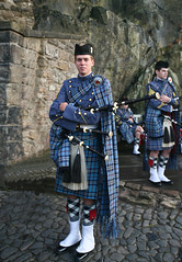 Citadel Piper, Charleston (FotoFling Scotland) Tags: music male festival tattoo soldier army scotland edinburgh kilt edinburghcastle display military scottish event esplanade bagpipes iconic tartan pipeband fav10 royaledinburghmilitarytattoo