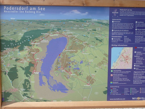 Map of the bike trail around the lake