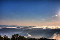 The first sea of clouds this year (Giyu (Velvia)) Tags: cloud hiroshima hdr 広島 雲海 霧 nikond200 seaofcloud miyoshicity 三次 霧の海