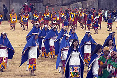 Inti Raymi - Ñustas performing their dance