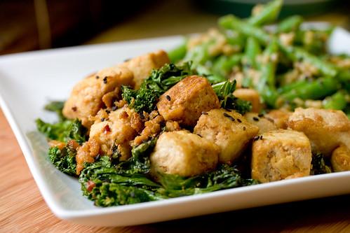 Tofu Kale Stirfry