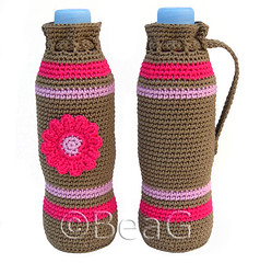 Bottle Cozies (Flessenhouders) (Made by BeaG) Tags: pink original brown flower water creativity handle design cozy bottle artist slim belgium designer handmade unique oneofakind ooak kunst crochet belgi yarn creation lilac cotton soda waterbottle holder unica bruin roze bloem hotpink unicum cozies sodabottle beag gehaakt kunstenares uniquedesign ontwerpster originaldesigner creativedesigner 05liter flessenhouder 020oz brownandcolour designedandmadebybeag uniekontwerp ontworpenengemaaktdoorbeag