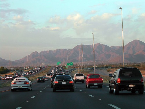 evening commute in Phoenix (by: Octavio Heredia, creative commons license)