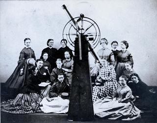 Maria Mitchell poses with the first Astronomy class at Vassar College