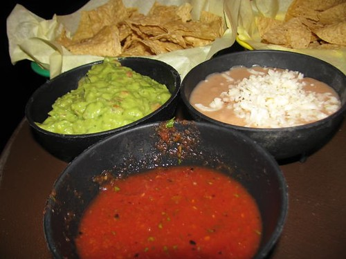 America's Taco Shop beans, guacamole and salsa with chips