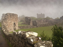 Castle in the mist (tricycledteenager) Tags: mist castle weather scotland highlands ruins historic urquhartcastle touristattraction lochness invernessshire drumnadrochit mistmisty historicscotlandproperty