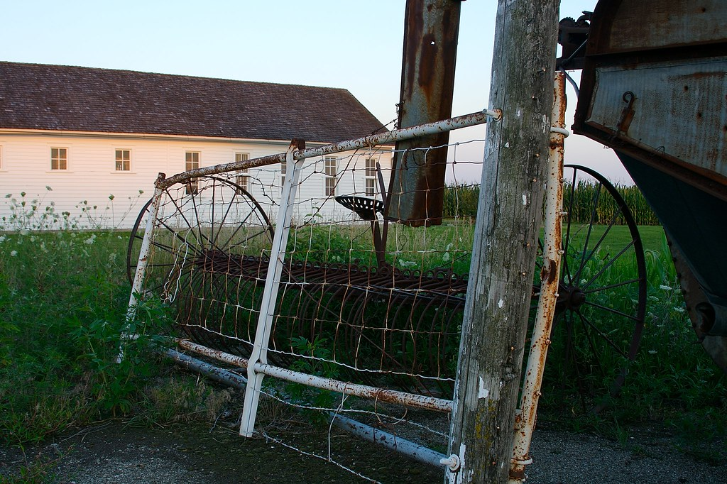 Fence & Farm Equipment