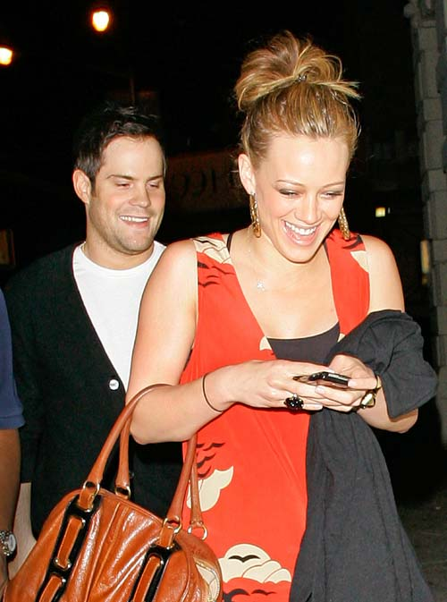 hilary-duff-mike-comrie-ny-02