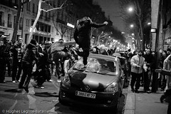 (Hughes Lglise-Bataille) Tags: paris france topf25 car israel riot palestine protest january voiture demonstration vandalism violence janvier 2009 manif manifestation gaza breaking hamas vandalisme