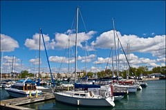 Cobourg Marina (Jeannot7) Tags: sky ontario water clouds marina boats sailboats lakeontario cobourg