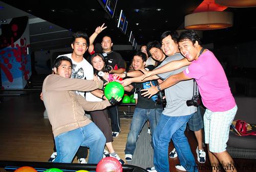 SM_funky_bowling
