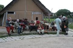 Bogenturniergruppe von Opinn Skjold in Haithabu Wikinger Museum WHH 25-09-2010