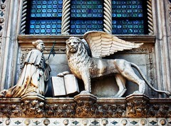 St. Mark and the Lion (Sciuradaltura) Tags: venice italy italia mark lion marco winged venezia leone alato