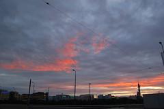 Pasila Midnight Sun (sooncome) Tags: sunset clouds suomi finland d50 helsinki finnland nikond50 fernsehturm sunrays pasila midnightsun yle broadcasttower sooncome ble