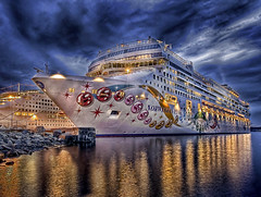 The Norwegian Pearl (DARREN ST0NE) Tags: canada 20d canon eos interesting bc britishcolumbia victoria norwegian explore pearl hdr the explored darrenstone impressedbeauty lightgazer superbmasterpiece flickrdiamond ysplix