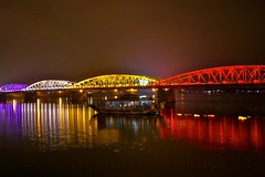 Perfume River and Trang Tien Bridge (jtdiego) Tags: bridge boat illumination vietnam hue perfumeriver watertaxi illuminatedbridge trangtienbridge