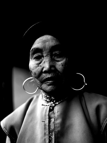 Moghul woman - China Yunnan