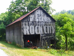 Some Rock City barns do not change for many decades (SeeMidTN.com (aka Brent)) Tags: ohio barn ripley oh peelingpaint browncounty rockcity seerockcity us62 see7states oldus62 bmok