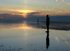 Sunset in 'another place' (Mr Grimesdale) Tags: sculpture art statue liverpool sony 2008 mersey gormley crosby antonygormley merseyside capitalofculture anotherplace rivermersey gapc mrgrimsdale stevewallace capitalofculture2008 liverpoolcapitalofculture2008 dsch2 europeancapitalofculture2008 15challengeswinner burbobank photofaceoffwinner liverpoolcapitalofculture pfogold mrgrimesdale grimesdale