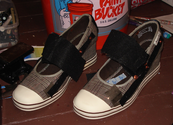feet shoe velcro 2