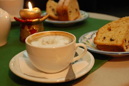 Кофе в кафе Контрабас