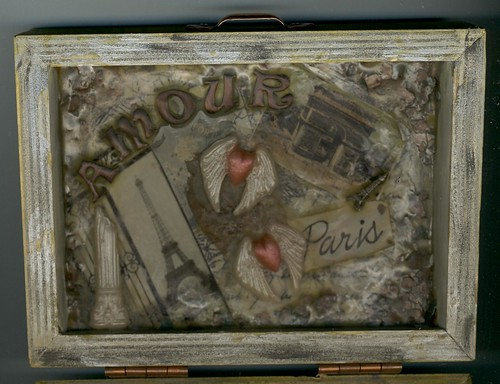 paris box inside lid