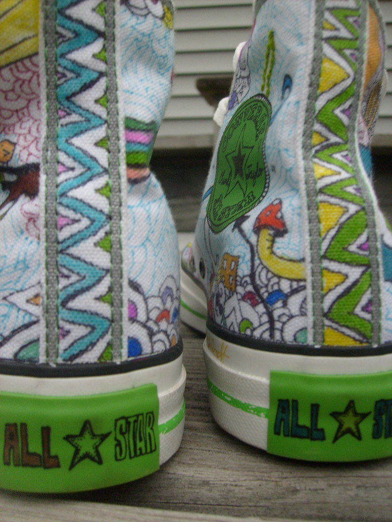 9004940e973637 the backs (Sarahbella3) Tags  art shoes drawing doodle converse backs  chucks zigzag sharpies