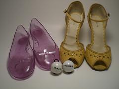 marc jacobs collection (Lorena Cupcake) Tags: feet socks shoes heels kicks marcjacobs shoegazer kneehighsocks lowerhalf otks