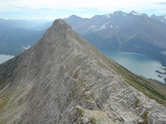 More airy spots (Dave MacDonald) Tags: rockymountains scramble peterlougheedprovincialpark mtindefatigable kananaskislakes