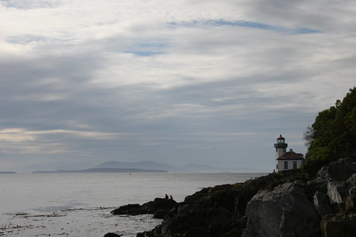 Lighthouse - Lime Kiln Point State Park by mamamusings.