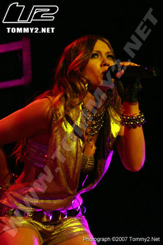 hilary-duff-minneapolis-03