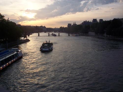 Atardecer parisino