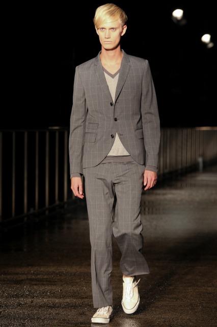 Nicolai Haugaard3070_SS11_Tokyo_Davit MEURSAULT(changefashion)