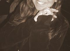girl's smile (MiniManu) Tags: people bw girl smile sepia blackwhite bn sorriso biancoenero ragazza seppia bwpeople bnpersone chercherlafemme