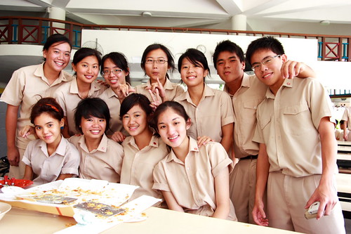 06S72 girls + 2 guys
